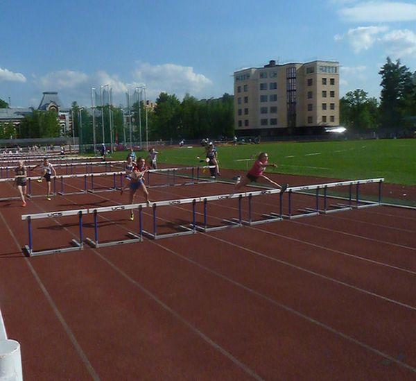 Легкоатлетический барьер