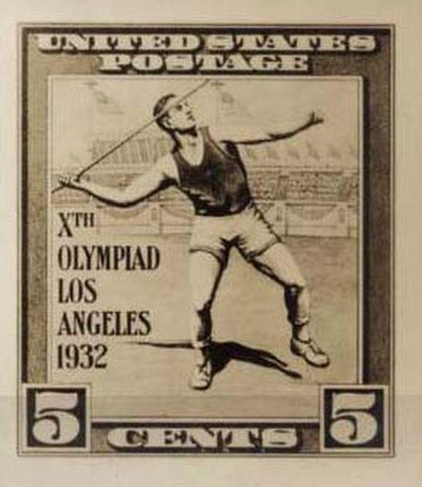 Начиная с 1930 года Матти побеждает в одном соревновании за другим. В 1932 году он становится олимпийским чемпионом, улучшив при этом олимпийский рекорд более чем на 6 метров - 72 метра 71 сантиметр. В честь этой победы Ярвинена на Олимпийском стадионе в Хельсинки сооружена башня высотой, равной рекордной длине полета его копья.