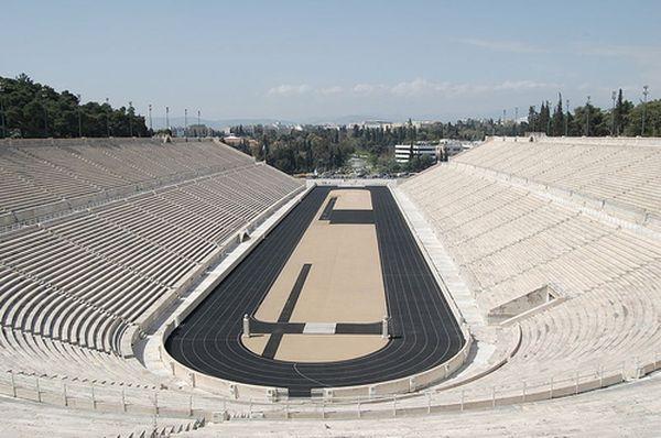 мраморный стадион в Афинах